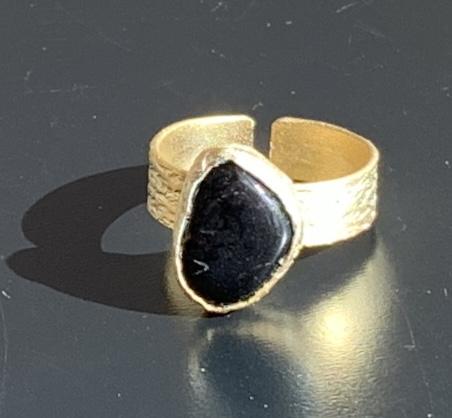 ring onyx verguld