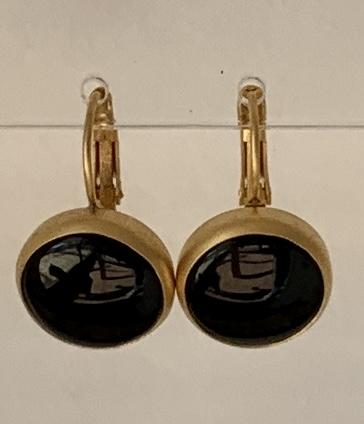 onyx earring goldplated