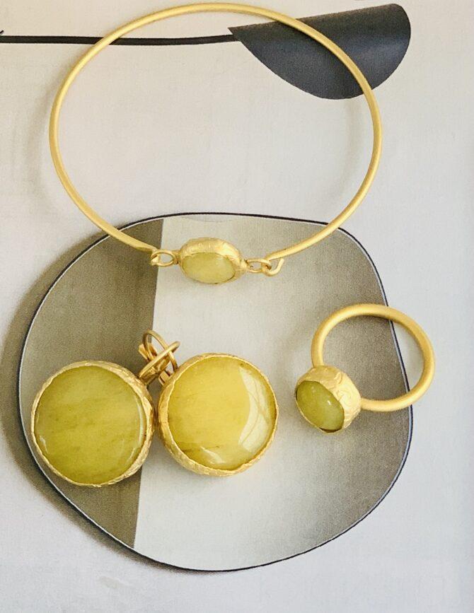geel calciet set goldplated